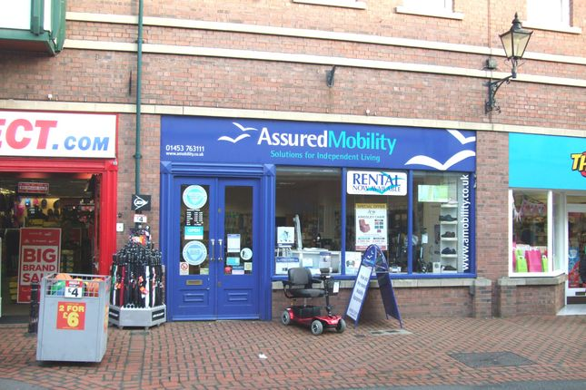 Retail premises to let in Union Street, Stroud, Glos