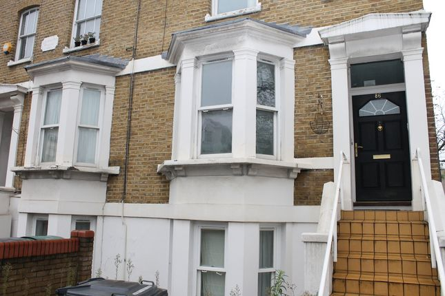 Thumbnail Flat to rent in Mayes Road, Wood Green
