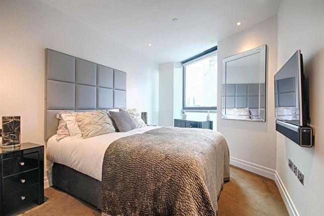 Riverlight Quay Bedroom