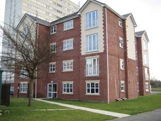 Thumbnail Flat to rent in Wordsworth Road, Denton