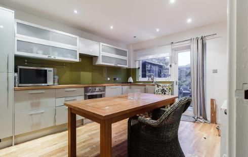 3 bed terraced house for sale in Garrick Close, Wandsworth, London