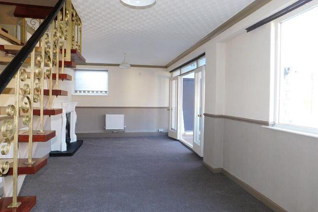 Lounge A of Sea Road, Chapel St. Leonards, Skegness PE24