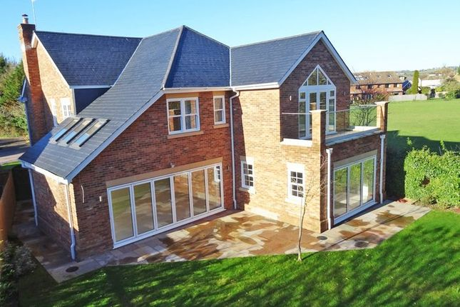 Thumbnail Detached house for sale in Claytons Meadow, Bourne End