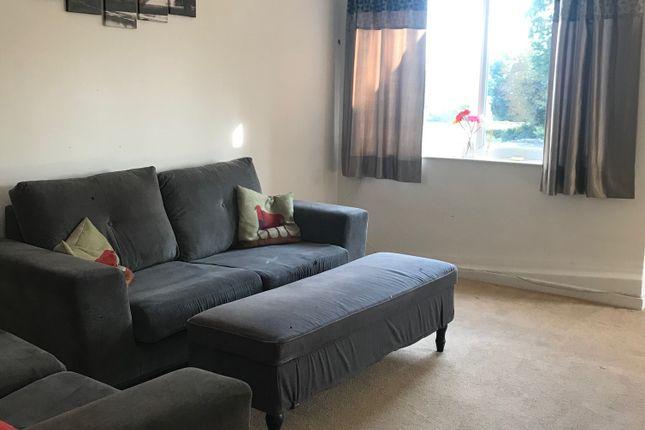 Thumbnail Flat to rent in 37 Haling Park, Croydon
