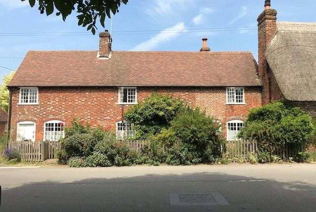 Thumbnail Semi-detached house for sale in Chilton Foliat, Hungerford, Berkshire