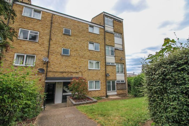 2 bed flat for sale in Morley Grove, Harlow CM20 - Zoopla