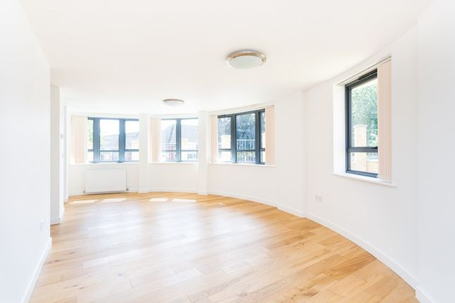 Thumbnail Flat to rent in Church Avenue, London