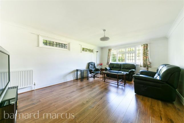 Living Room of Selcroft Road, Purley CR8