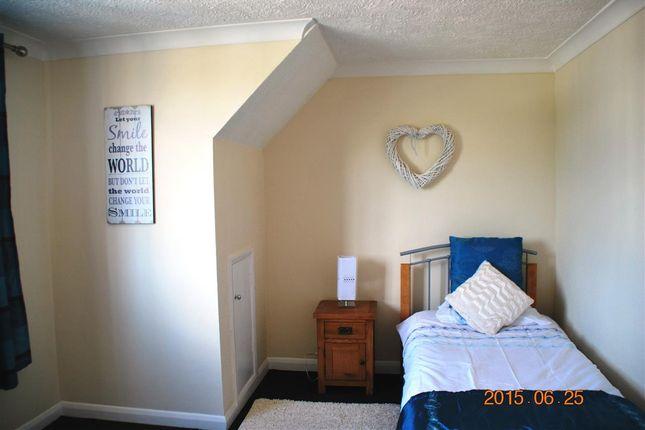 Thumbnail Property to rent in Wainscott Road, Wainscott, Rochester