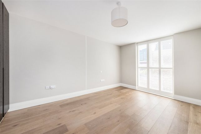 Bedroom of Bridge Street, Chiswick, London W4