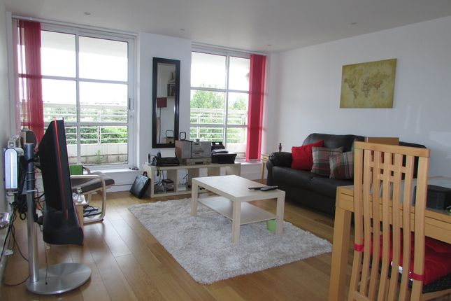 1 bed flat to rent in Barrier Point, London