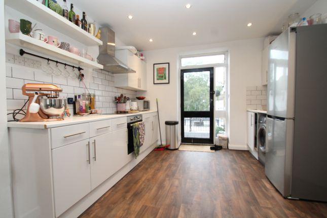 Thumbnail Flat to rent in Sundridge Parade, Plaistow Lane, Bromley