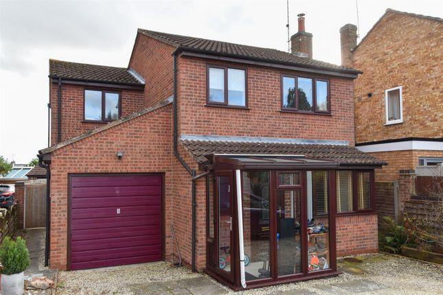 Thumbnail Detached house for sale in Chamberlain Close, Cubbington, Leamington Spa