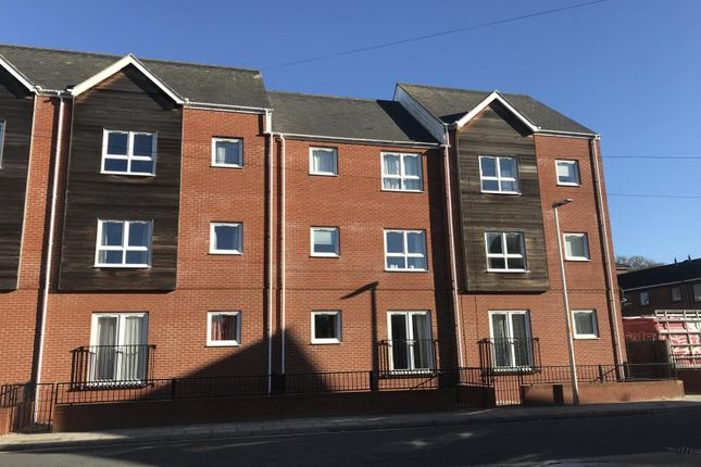 Thumbnail Flat to rent in Willingham Court, Willingham Street, Grimsby