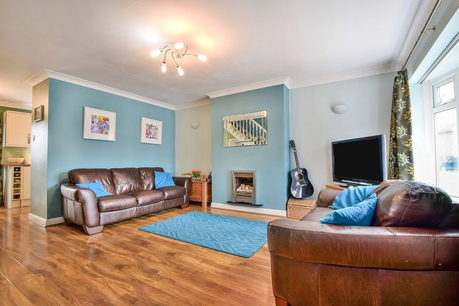 Photography of Dunster Drive, Urmston, Manchester, Greater Manchester M41