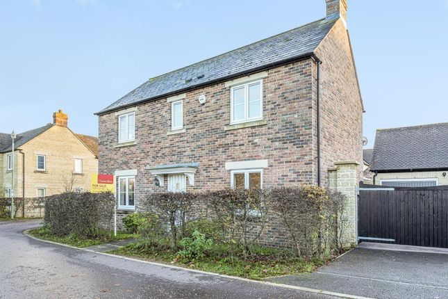 Thumbnail Detached house for sale in Carterton, Oxfordshire