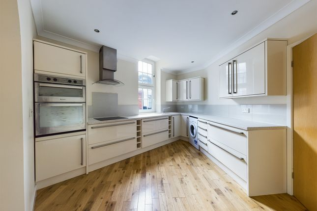Thumbnail Flat to rent in Prospect Street, Hull