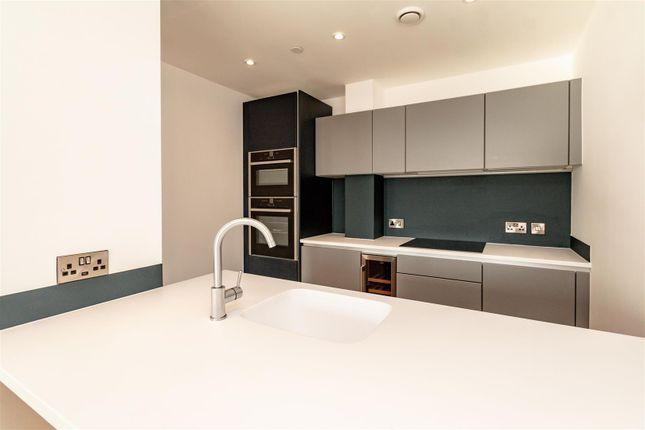 4.01 Kitchen of 9 Owen Street, Manchester M15
