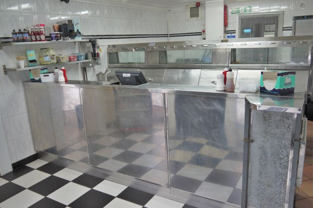 Restaurant/cafe for sale in Fish & Chips LS29, West Yorkshire