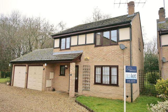 4 bed detached house to rent in Fleet Close, Buckingham MK18