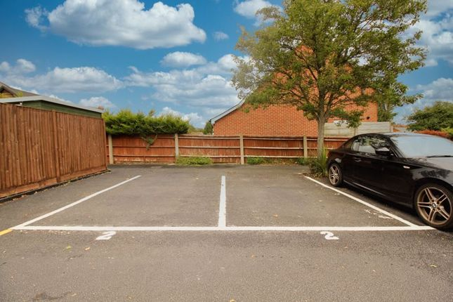 Parking of 46, Peartree Avenue, Southampton SO19