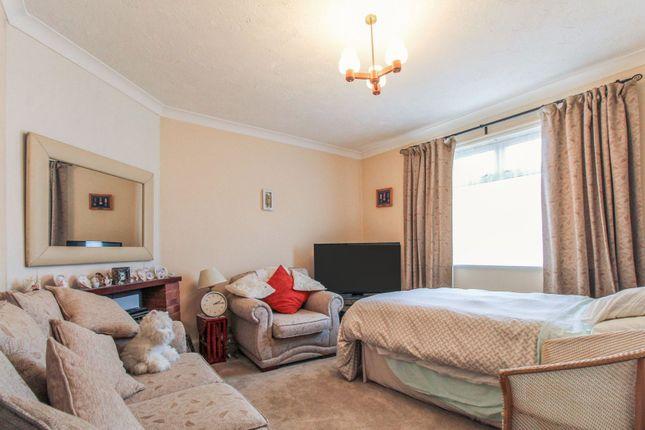 Lounge of Lord Street, Allenton, Derby DE24