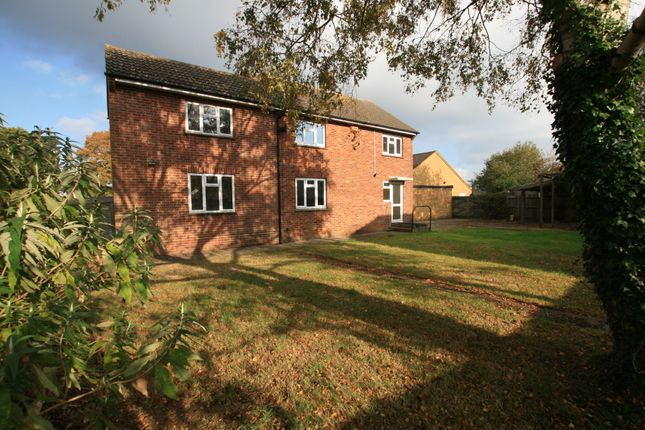 Detached house to rent in Cryol Road, Ashford Kent