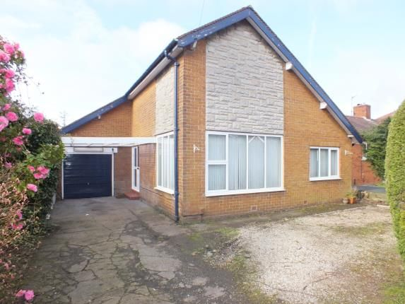 Thumbnail Bungalow for sale in Levens Drive, Clayton-Le-Woods, Chorley