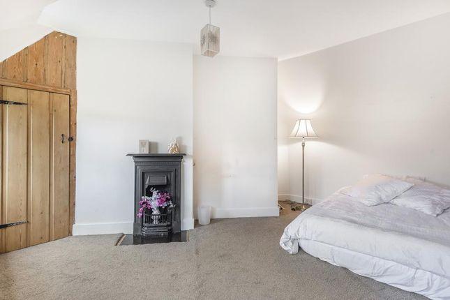 Bedroom of Missenden Road, Chesham HP5