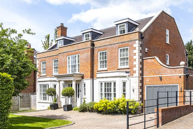 Thumbnail Detached house for sale in Lingmere Close, Chigwell, Essex