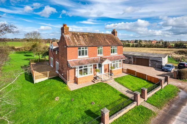 5 bed detached house for sale in Moseley Road, Hallow, Worcester, Worcestershire WR2