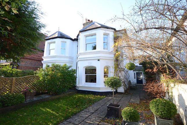 Thumbnail Semi-detached house to rent in Kings Road, Windsor