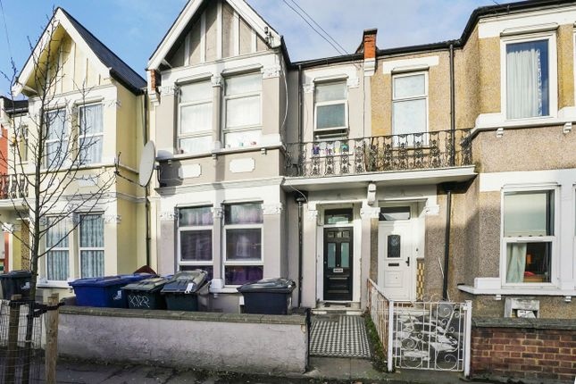Thumbnail Terraced house for sale in Gunnersbury Lane, London