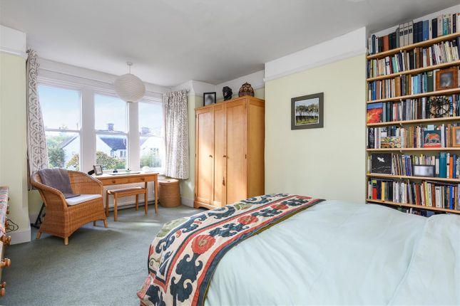 Bedroom One of Latimer Road, Headington, Oxford OX3