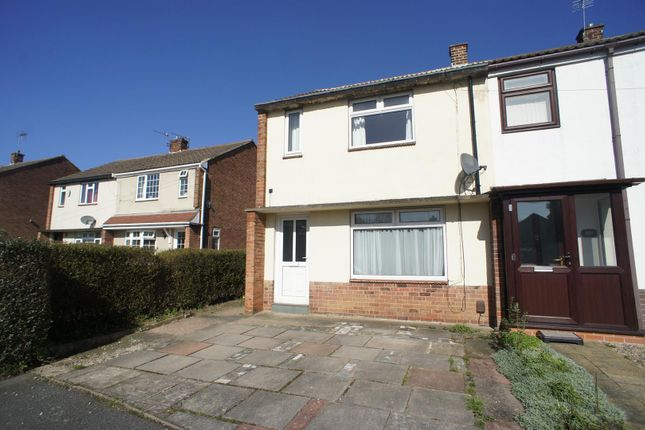 Thumbnail Semi-detached house to rent in Oaklands Avenue, Littleover, Derby