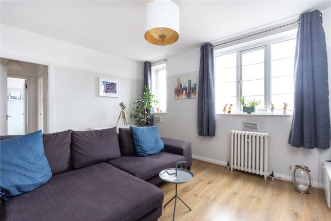 Flat in  Sherborne Court  Elmers End Road  London S West London