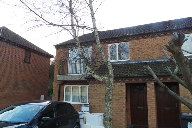 Thumbnail Flat to rent in The Fairways, Scunthorpe
