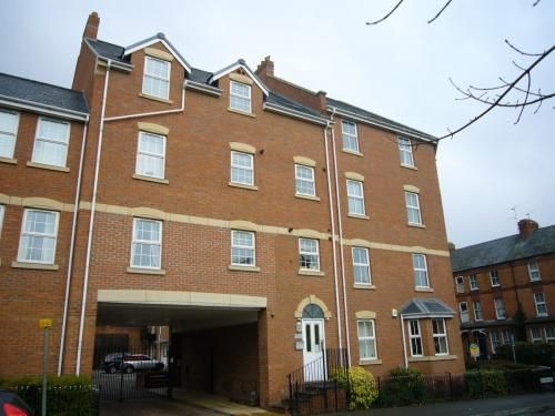 Thumbnail Flat to rent in Newland Road, Banbury