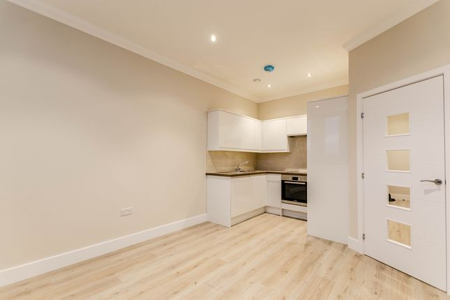 Thumbnail Flat to rent in Sentinel House, City Centre