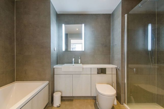 Thumbnail Flat for sale in River Gardens Walk, East Greenwich