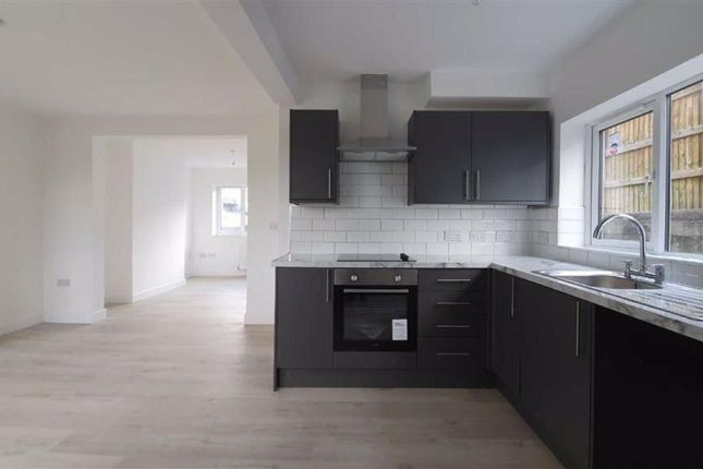 Thumbnail Semi-detached house for sale in Meadowbank, Holywell