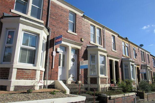 Thumbnail Flat to rent in Windsor Avenue, Low Fell, Gateshead, Tyne & Wear.