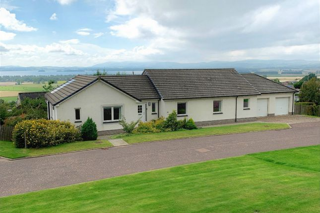 Thumbnail Detached bungalow for sale in 32 Whitecraigs, Kinnesswood, Kinross-Shire