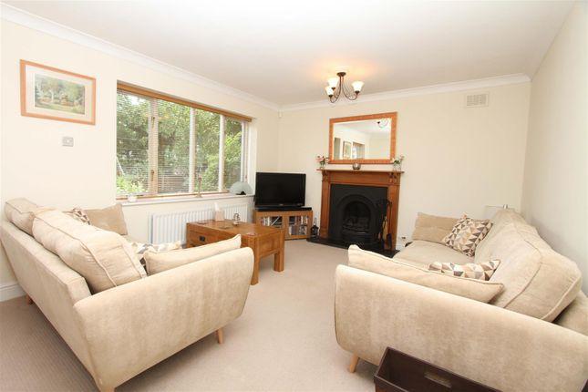 Living Room of Applewood Close, Ickenham, Uxbridge UB10