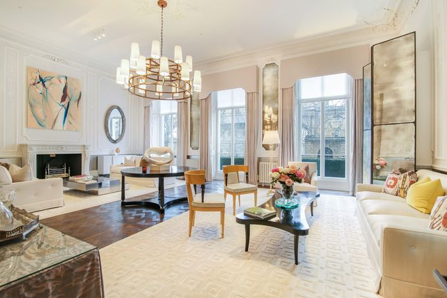 Thumbnail Terraced house to rent in Buckingham Gate, London