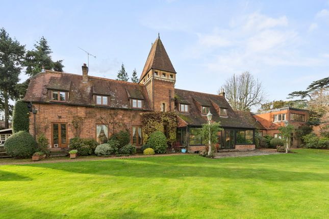 7 bedroom detached house for sale in Broomfield Park, Sunningdale, Ascot