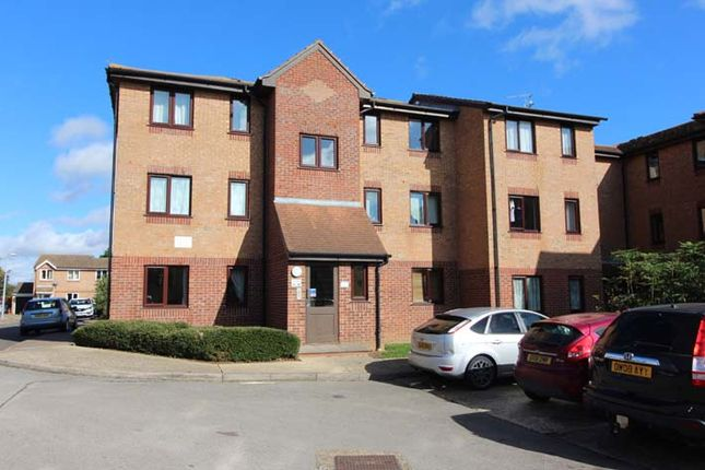 1 bed flat to rent in Campernell Close, Brightlingsea, Colchester, Essex CO7