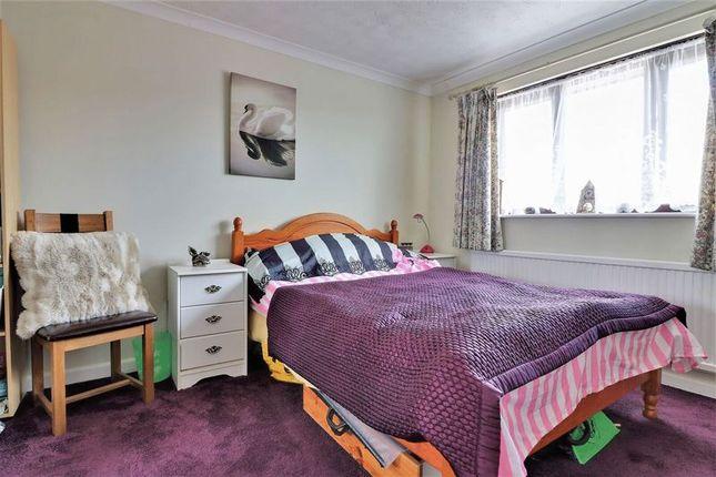 Bedroom 2 of Northfield Close, Clanfield, Waterlooville PO8