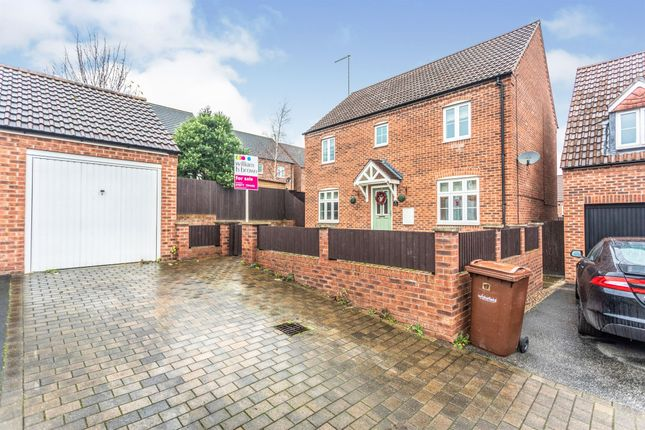4 bed detached house for sale in Dukes Chase, Pontefract WF8