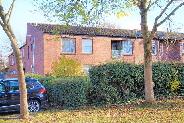 Thumbnail Flat for sale in Marden Ash, Basildon